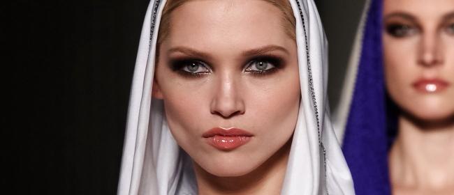 atelier_versace_test-Beauty-Make-Up-Modepilot