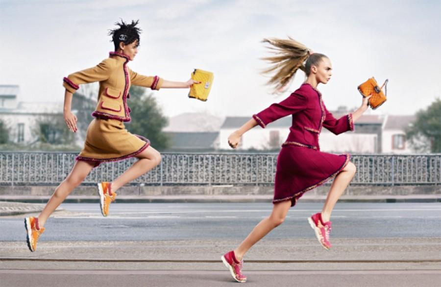 Chanel Kampagne Sneaker Cara
