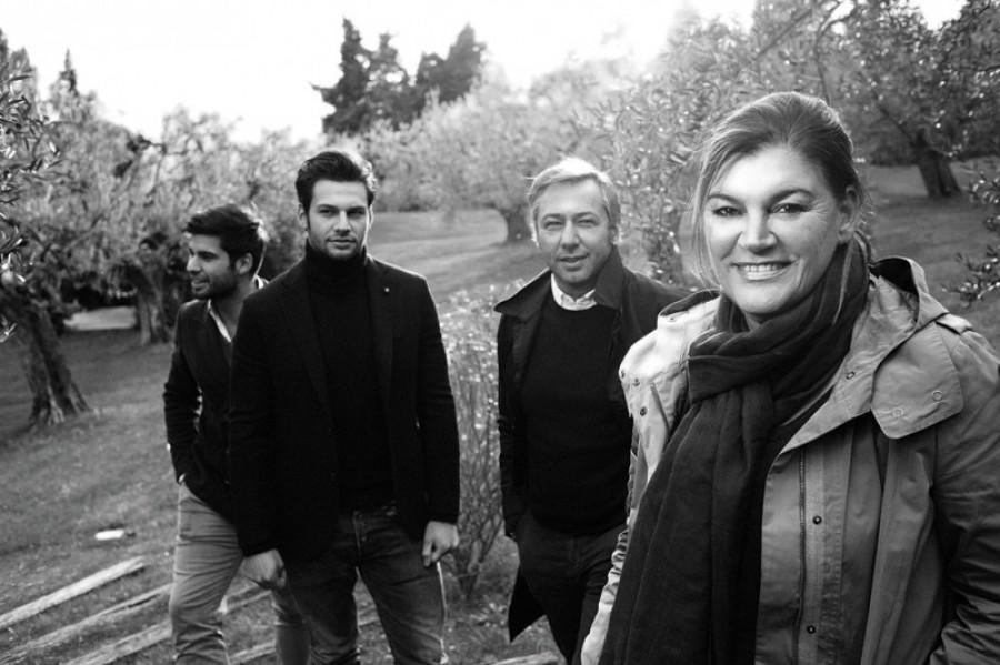 """La Famiglia"" Lorena Antoniazzi"