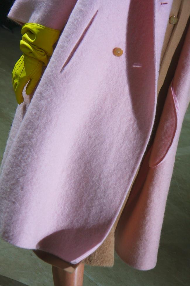 Rochas Winter 2014: Kaschmirmantel und handgefertigte Handschuhe