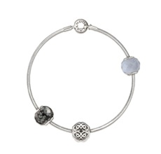 PANDORA-ESSENCE-Collection_Adventskalender-Modepilot_klein-900x860_sauber
