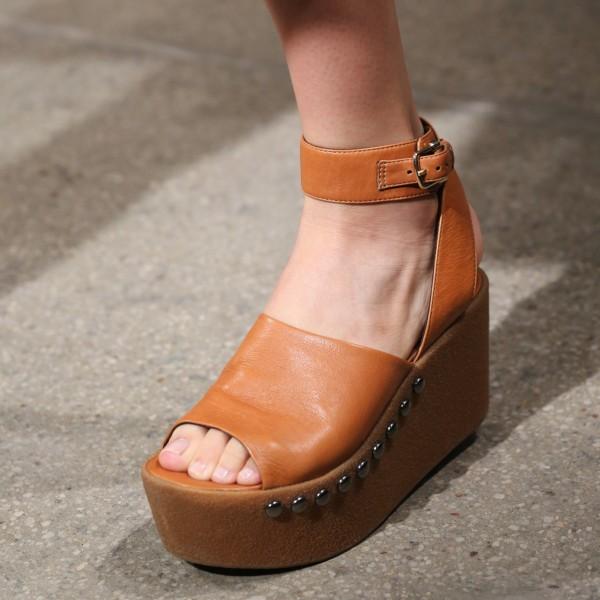 Sandalen-Zeit: In 4 Schritten zu gepflegten Füßen