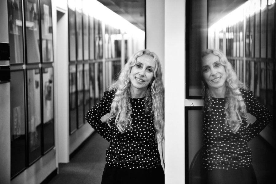 """Seit mehr als 25 Jahren ist Franca Sozzani die Chefredakteurin der italienischen """"Vogue"""". Aber fotografieren lässt sie sich noch immer ungern. Auf diesem Foto bemerkt man es nicht."""