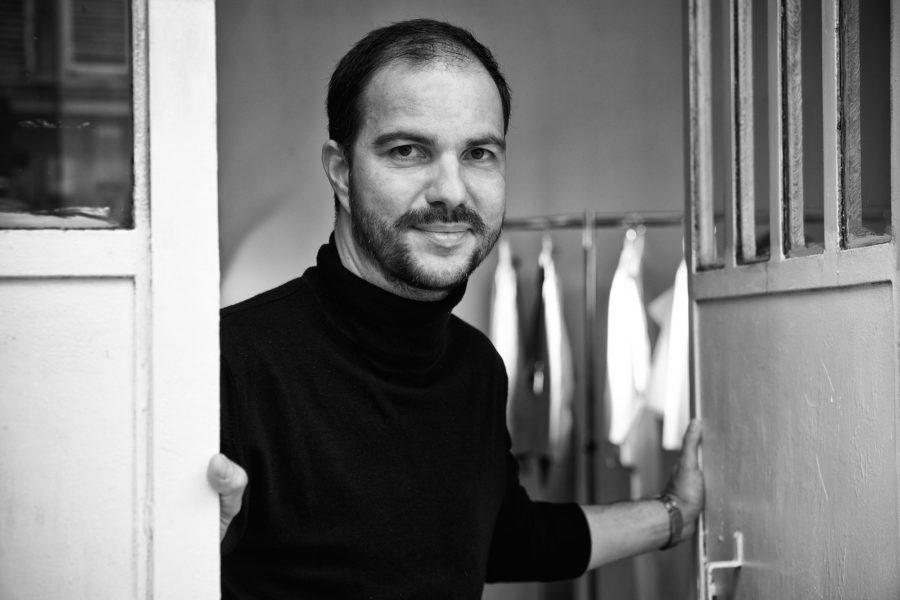 Ein deutscher Mode-Emigrant: René Storck aus Frankfurt präsentiert sich am liebsten in Paris, wo er auch seinen Zweitwohnsitz hat.