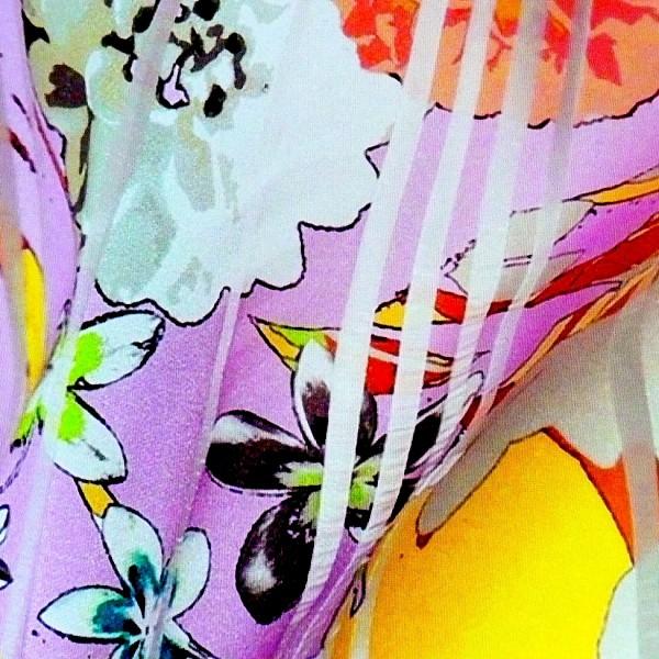 Die schönsten Blumenkleider aus den Online-Shops