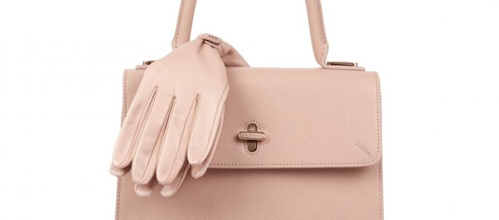 Handtasche Handschuhe Charlotte Olympia Net-a-porter Modepilot