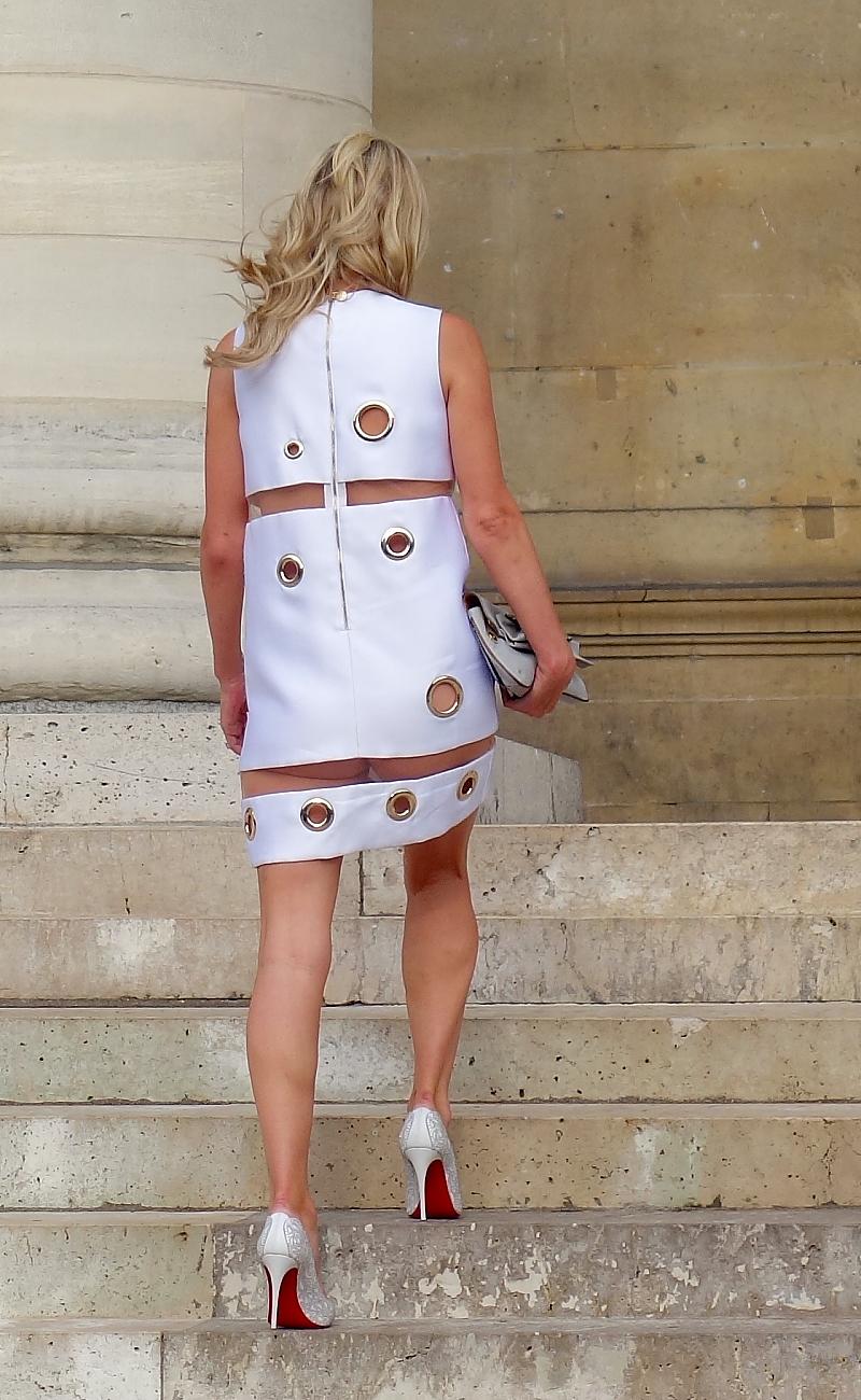 Nicki Hilton ohne Unterwaesche