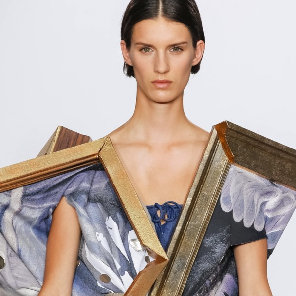 Wearable Art von Viktor & Rolf mit Kunstauktion