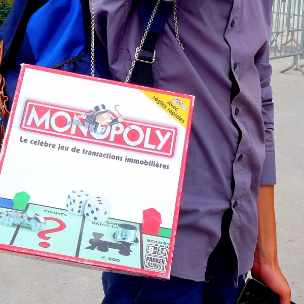DIY: Monopoly-Bag à la Hindmarch