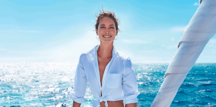 Christy Turlington Biotherm Blue Therapy Accelerated Serum Creme Campaign Kampagne Modepilot