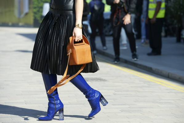 blue boots Streetstyle Modepilot London