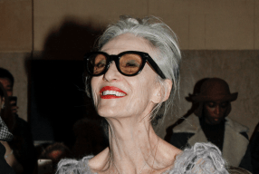 Carmen Front-row Zac Posen grey hair Modepilot