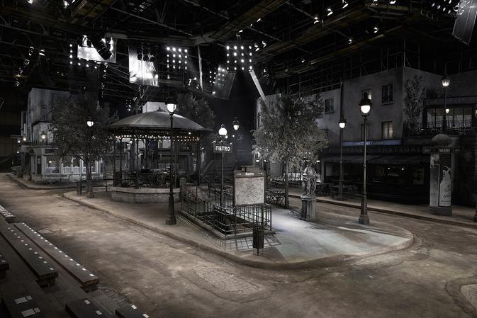 chanel paris rome metier d'art setting show catwalk modepilot