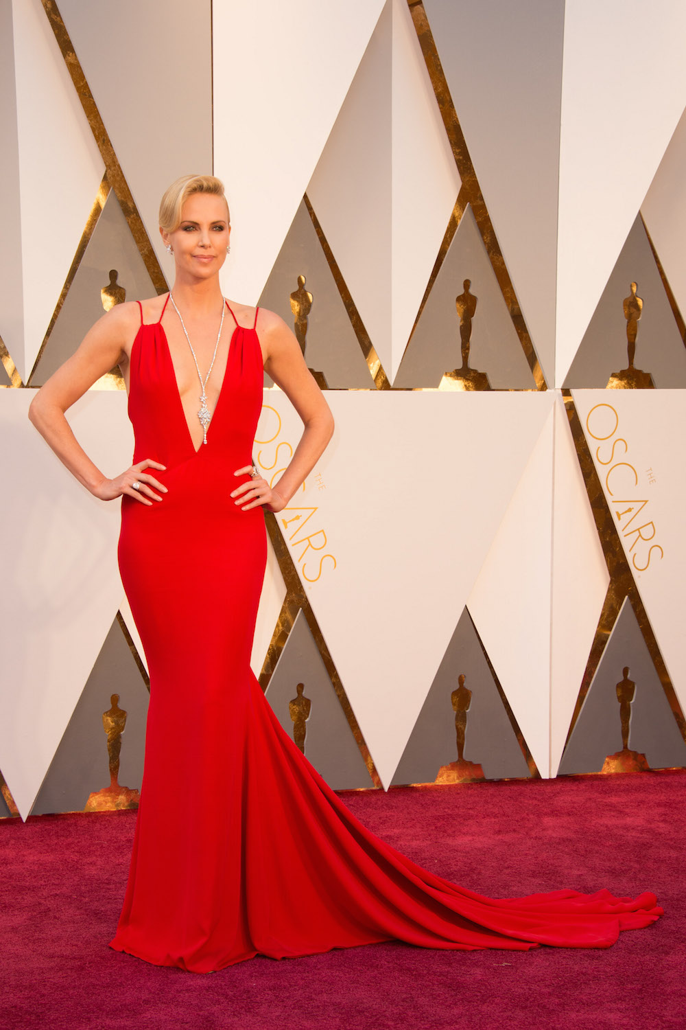Charlize Theron oscars 2016 dress kleid modepilot designer