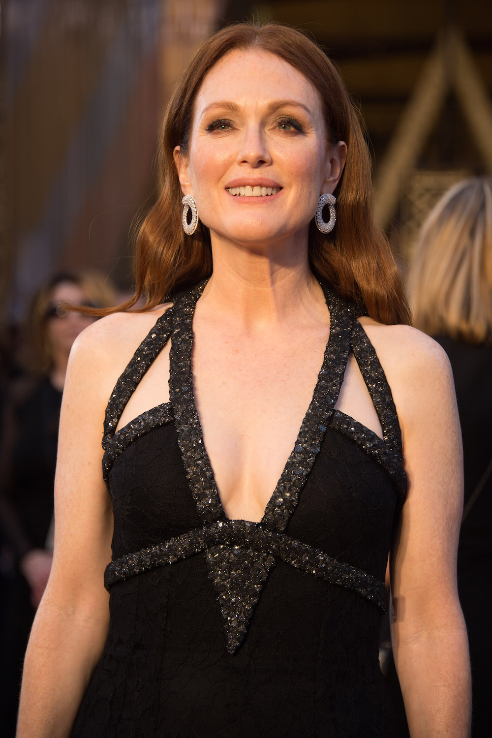 Julianne Moore Kleid dress oscars 2016 Chanel designer modepilot