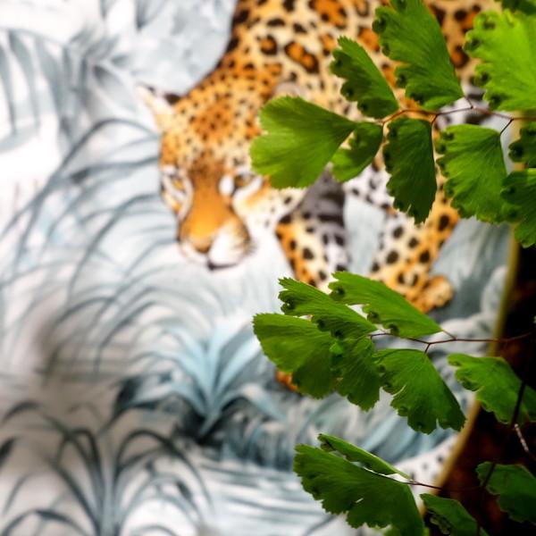 Hermès: Aus einem Carré wird Porzellan