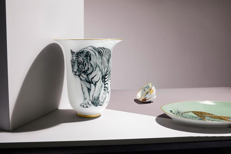 Auch als Vase macht sich das Dekor gut.