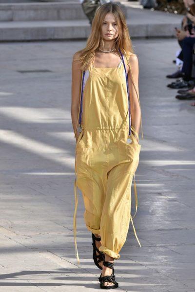 Bei Isabel Marant sieht selbst das Gelb wieder lässig aus