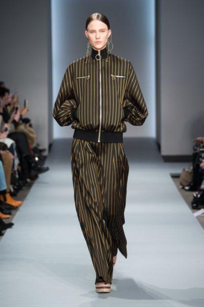 Zimmermann: gestreifte Hose zur Blouson-Jacke