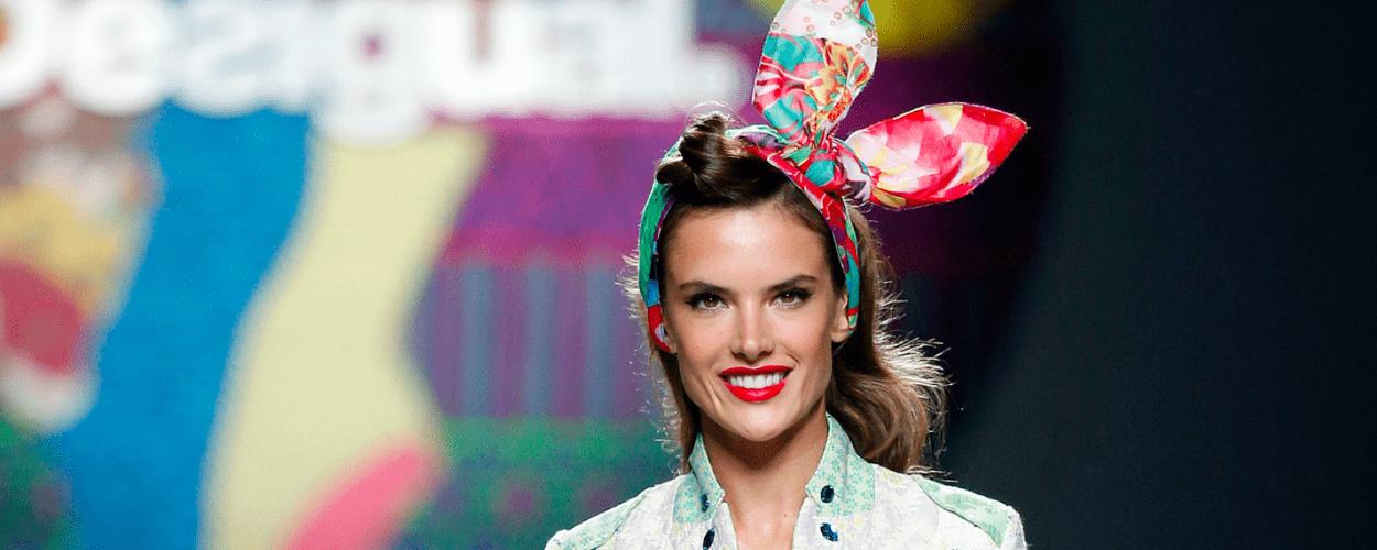 Alessandra Ambrosio Bunny ears Catwalk Modepilot