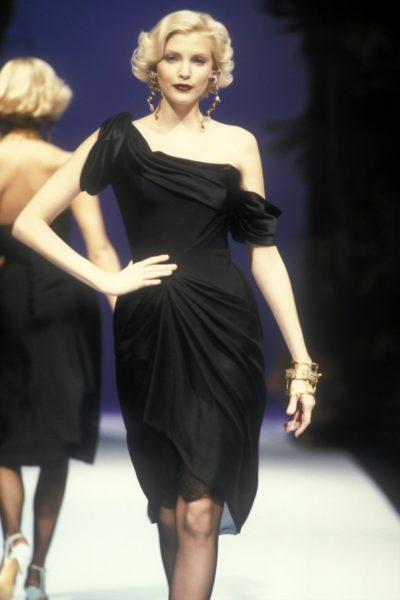 Nadja Auermann für Christian Lacroix, 1995