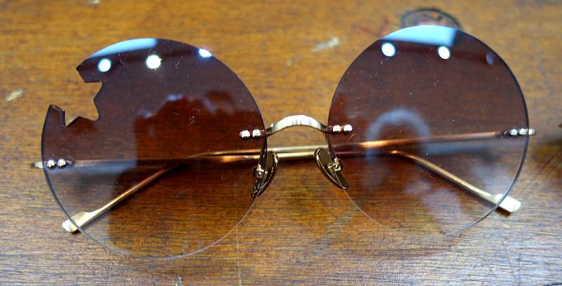 Meine Brille hat ne Ecke…. Naja, da fehlt eine Ecke in der neuen Brillen-Linie von Courrèges.