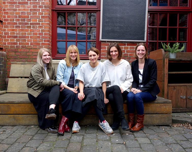 Das Team (v.l.): Azubi Annika Schulze, Johanna Voigt, die Gründerinnen Bernadette Brysch und Catharina von Rogister, Hanneke Gossling