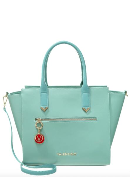 Schaut aus wie eine Céline Bag, ist aber Valentino by Mario Valentino. Preis: 134,95 Euro