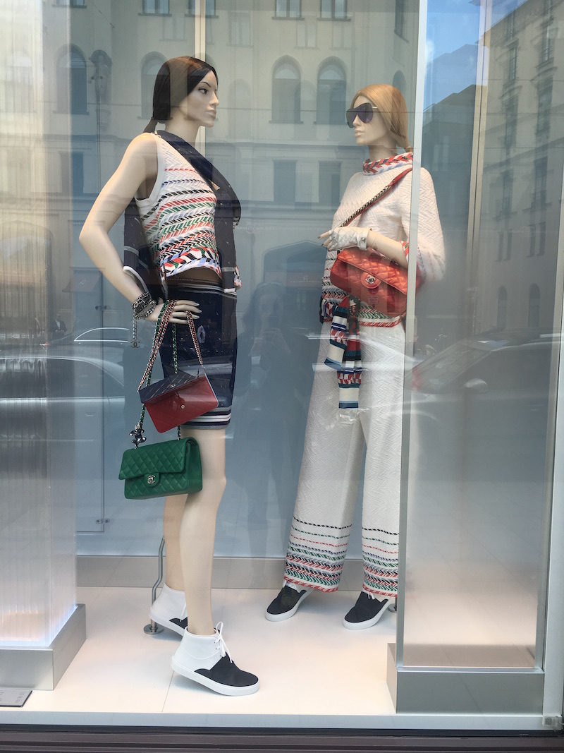 Chanel Schaufenster Maximilianstrasse Modepilot 2016