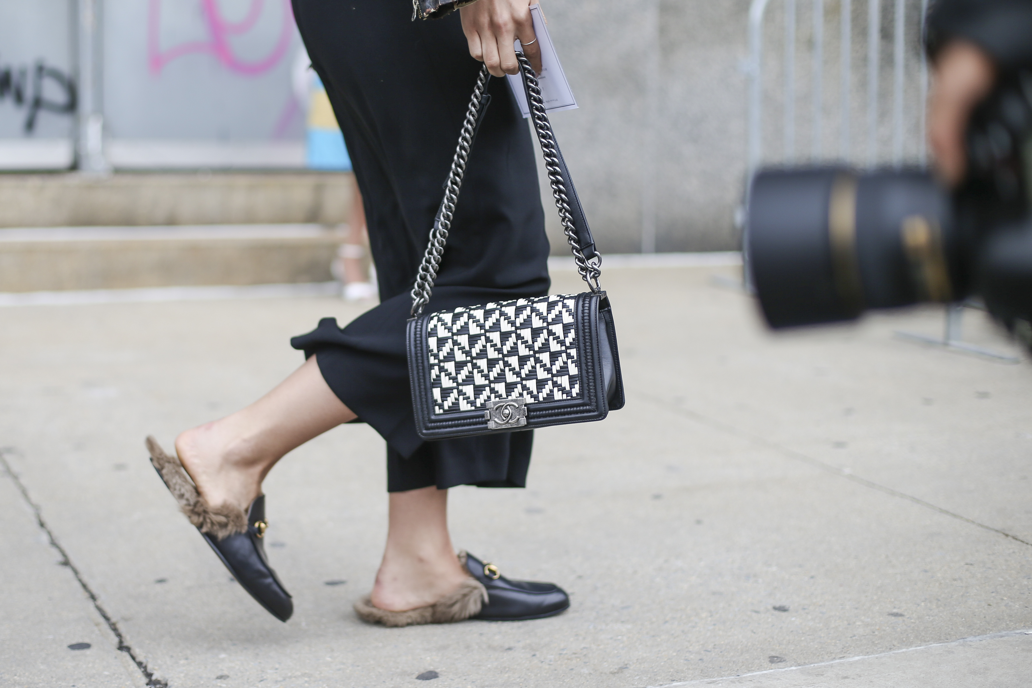 it pieces gucci loafer chanel streetstyle
