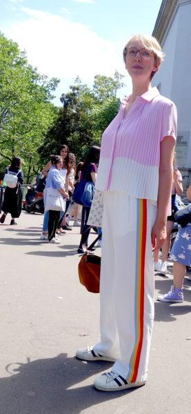 Silvia Ihring, Modejournalistin bei ICON, trägt sie auch – aber in Weiß.