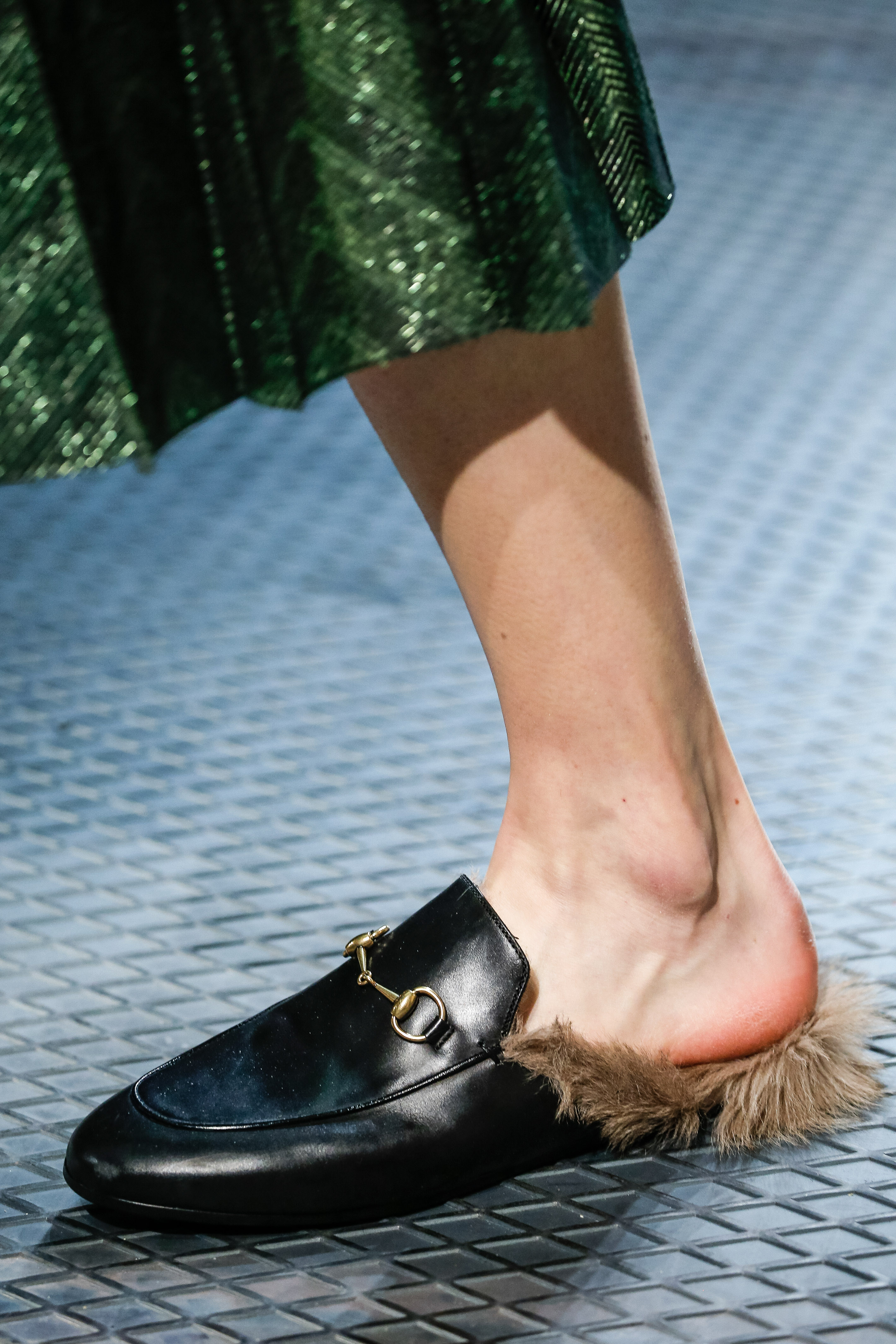 gucci slipper fell loafer offen Herbst winter 2015/16 modepilot