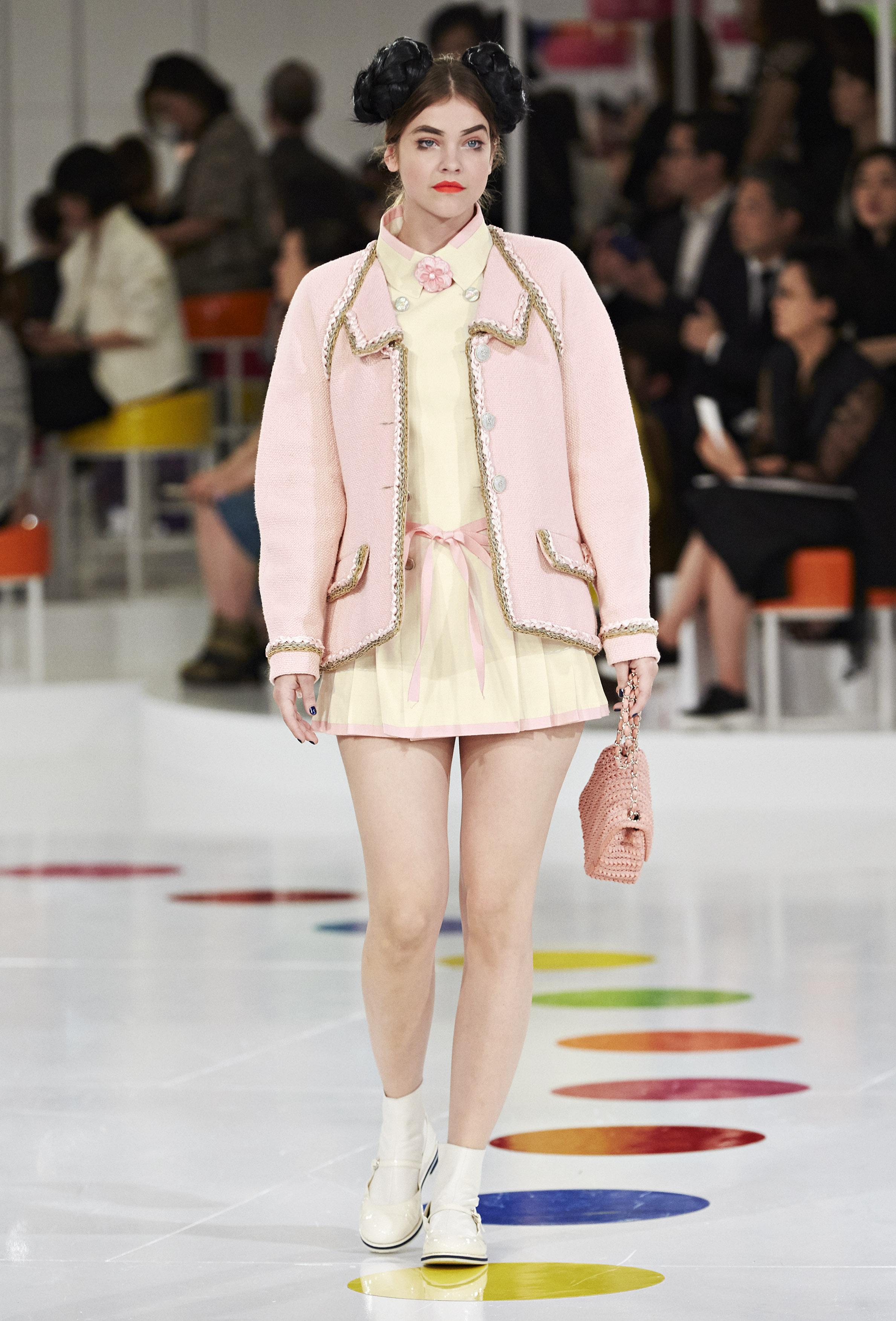 Barbara Palvin catwalk laufsteg für Chanel