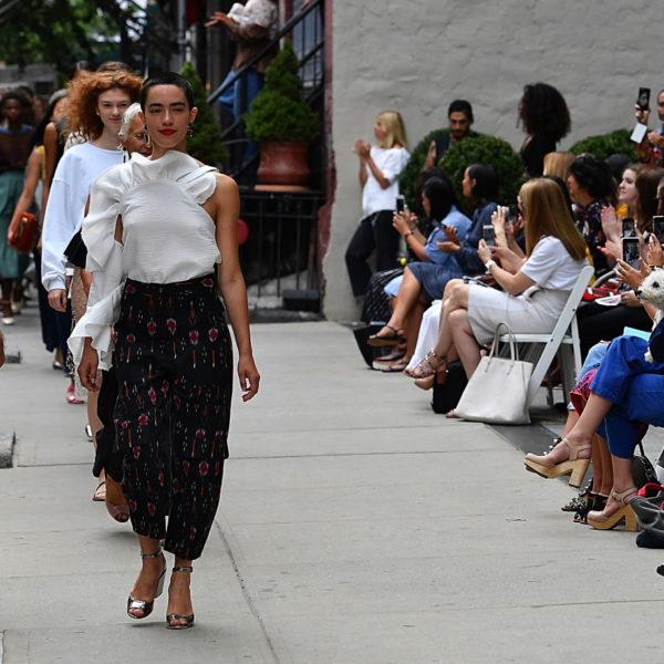 NY Fashionweek: Rachel Comey holt die Mode auf die Straße