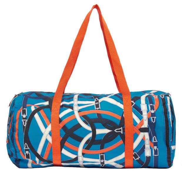 """… Die """"Airsilk duffle bag"""" gibt es in vier Farbvarianten. Design: Henri d'Origny"""