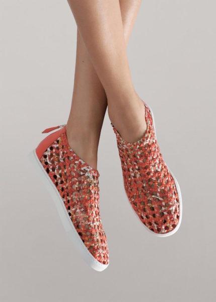 Sneaker aus handgeflochtener Seide mit Gummisohle