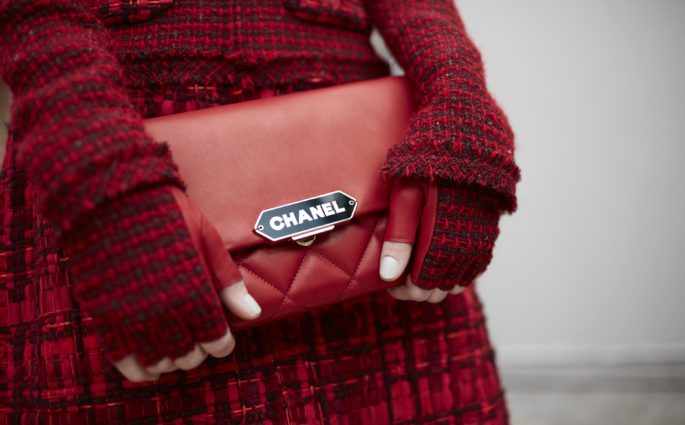 chanel-clutch