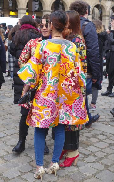 Kimono getragen als Kurzmantel
