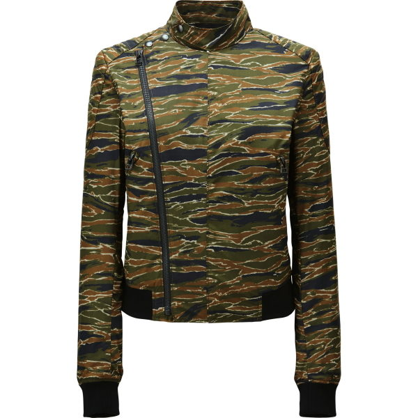 Die Jacke im Military-Stil wirkt im Bild cool, aber ist in Wirklichkeit arg dünn. Das Material überzeugt nicht.