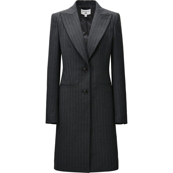 Gleiches gilt für diesen Mantel. Ideal für einen perfekten Business-Look.
