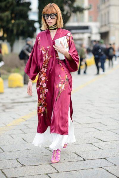 Kimono über langem Kleid