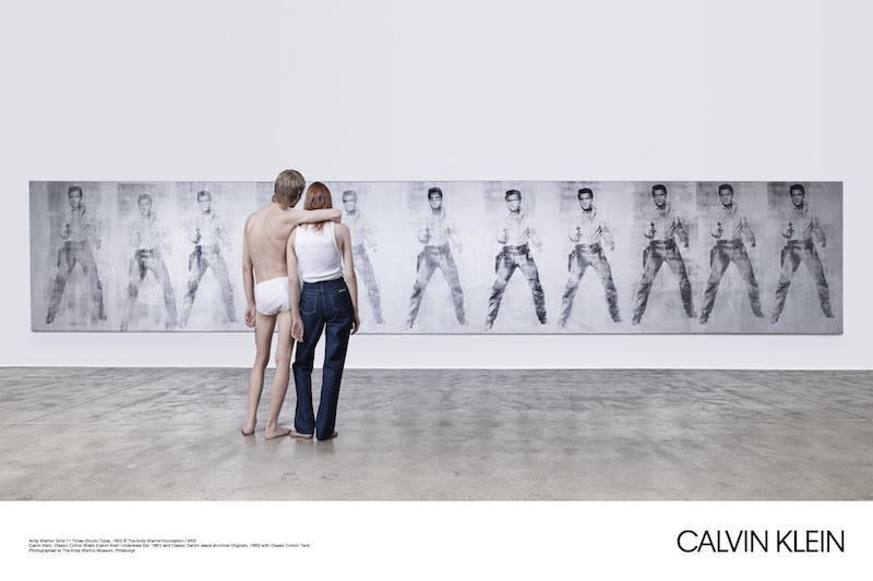 "Kunstwerk: ""Elvis 11 Times"" Andy Warhol, Boyfriend-look: Calvin Klein"