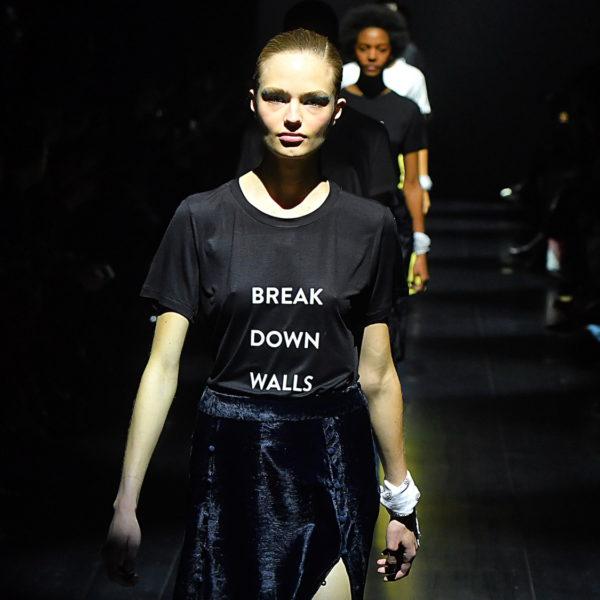 Fashion Week: Manifeste gegen Mauern und für Frauen