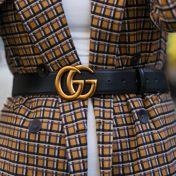 Streetstyle aus Mailand: Blazer plus Gürtel