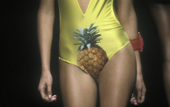 Chloe Modepilot pineapple Stella McCartney Ananas Badeanzug