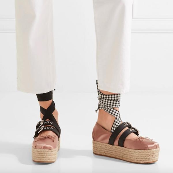 Jungs, was sagt Ihr zu unseren neuen Schuhen?