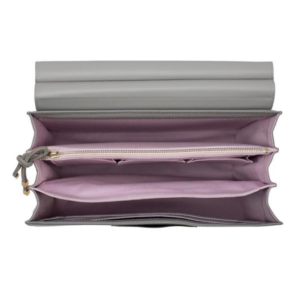 """Innenleben der """"Marlene"""" (rosa bei der grauen Leder-Ausführung) mit gepolsterter Laptoptasche (hinten)"""