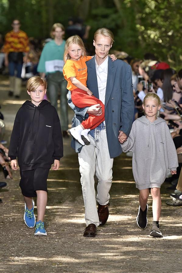 Modepilot-Glosse-Balenciaga-Menswar-Kids