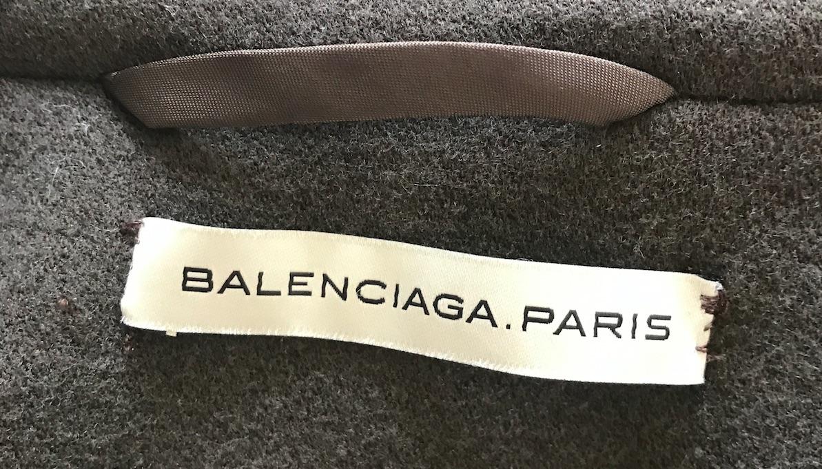 Balenciaga Label Modepilot schief Kopie
