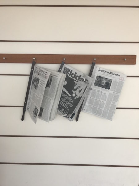 Nur weil man mitten auf dem Ozean cruist, heißt das noch lange nicht, dass man keine tagesaktuelle Zeitung bekommt! Im Digitaldruck.